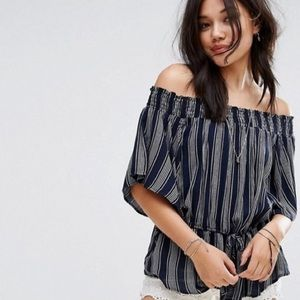 Abercrombie & Fitch Off Shoulder Striped Blouse